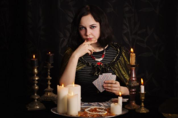 femme divination